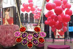 """SWAROVSKI AL PICCOLO DI MILANO! Libera la mente, libera il tuo stile: """"lola and grace"""" è qui con Balloon Express! Gioielli fashion lo stile fatto di creatività!  Varese@BalloonExpress.it"""
