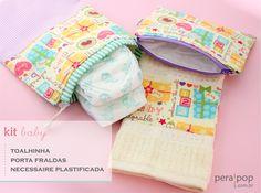 Kit para bebês com saquinho para fraldas, necessaire plastificada e toalhinha! www.perapop.com.br