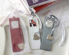 Bookmark Wedding Favors (Source: veryshop.com)