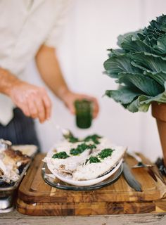 The Alchemy of a Good Meal, Kinfolk Food Porn, Joy Of Cooking, Food Photography Tips, Food Facts, Healthy Eating Recipes, Mets, Food Preparation, Food Pictures, Food Styling