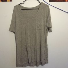 Brandy Melville Tee Super soft, purchases from BM in Waikiki. Only worn 3 times, no flaws except I cut off the BM tag because it was itchy+ its wrinkly but I can iron. Brandy Melville Tops Tees - Short Sleeve