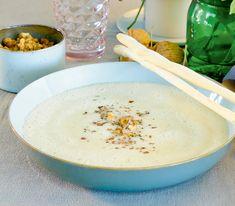 Die cremige Suppe ist auch ein schöner Seelenwärmer in der kalten Jahreszeit als kleines Mittag- oder Abendessen.