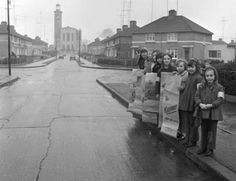 Children from Inver Road, Cabra in Dublin. Dublin Street, Dublin City, Old Pictures, Old Photos, Scotland History, Photo Engraving, Ireland Homes, Dublin Ireland, Over The Years