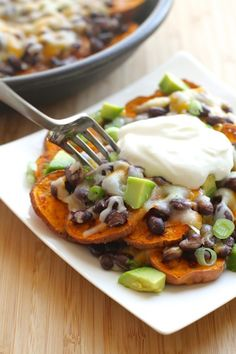 Sweet Potato Nachos - Load up some crispy sweet potatoes with your favorite fixin's to make these nachos out of this world! | Ideahacks.com