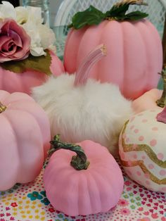 I Made This Pretty Door Decor From Last Year's Autumn Decor Stash - Crafts a la mode Fake Pumpkins, Fall Decor, Diy Pumpkin, Autumn, Host A Party, Table Decorations, Pretty, Upcycle, Tutorials