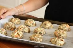 Lentil and Veggie Patties - A tasty and healthy lunch or supper Lentil Recipes, Healthy Recipes, Healthy Food, Sweet Potato Latkes, Veggie Patties, Fritters, Tray Bakes, Lentils, Food And Drink