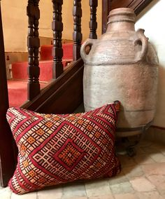 Stunning! One of a kind, handmade, 2 sided vintage Kilim pillow cover.   39 x 53 cm/ 15.3 x 20.8 inch  These pillows are made of Vintage Berber Kilim rugs. Which are handwoven on a loom by Berber women from the middel Atlas Mountains of Morocco with sheep and camel wool and coloured with vegetable dye. Using century's old handcrafting technics.