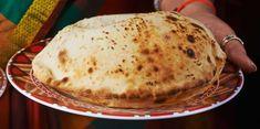 Cheese Naan à la Vache qui rit facile : découvrez les recettes de Cuisine Actuelle Moussaka, Beignets, Queso, Food And Drink, Blog, Bread, Dinner, Breakfast, Healthy