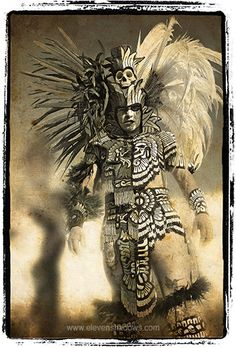 Aztec Warrior Another possible tribal chieftain of high status individual. Mexican Gods, Mexican Art, Los Muertos Tattoo, Aztecas Art, Aztec Culture, Lowrider Art, Aztec Warrior, Warrior 3, 4 Tattoo