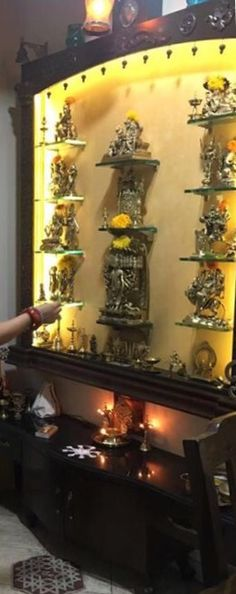 Desire added DIY Home Decor info to give a room a stunning styling? Check out the tips and plans provided when you depress on the pinned-image. Mandir Design, Pooja Room Design, Room Interior Design, Interior Ideas, Temple Room, Home Temple, Door Design, House Design, Pooja Mandir