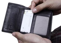 Charged-Card Lets You Carry Extra Juice In Your Wallet