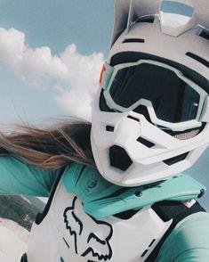 Motocross Outfits, Motocross Love, Motocross Girls, Motorcross Bike, Motocross Gear, Motorbike Girl, Dirt Bike Riding Gear, Womens Dirt Bike Gear, Simson Moped