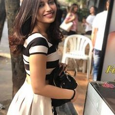 Bye bye you were amazing♥️ Beautiful Bollywood Actress, Most Beautiful Indian Actress, Beautiful Actresses, Indian Tv Actress, Indian Actresses, Stylish Girls Photos, Girl Photos, Western Dresses For Girl, Classy And Fab