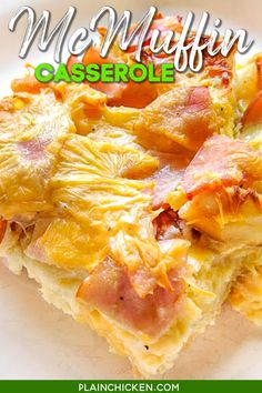 McMuffin Casserole Recipe - all the flavors of an Egg McMuffin in a breakfast casserole. Make the casserole before bed and bake it in the morning. Canadian bacon, english muffins, cheddar cheese, eggs, and milk. Try it with syrup - yum! Great for breakfast, lunch, or dinner. Can easily double the recipe for potlucks and holiday mornings! #breakfast #casserole #freezermeal #canadianbacon #eggs Easy Main Dish Recipes, Potluck Recipes, Casserole Recipes, Cooking Recipes, Cooking Ideas, Best Breakfast Casserole, Breakfast Recipes, Breakfast Ideas, Brunch Ideas