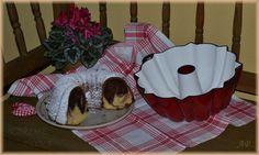 Bábovka a pečící bábovková forma