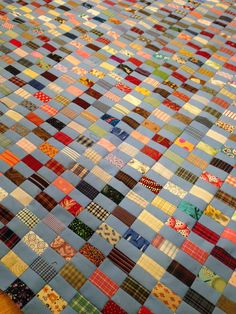 klein meisje quilts: Chinese Coins. She explains her process well.