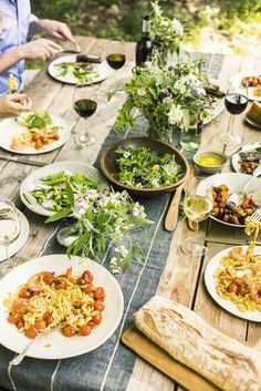 SUMMER DINNER PARTY - great menu and table