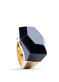 Oversize stone ring