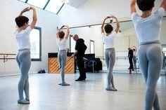Ballet Boys, Boys Wear, Beautiful Children, Pretty Boys, Gymnastics, Boy Outfits, Guys, Sports, Dancers