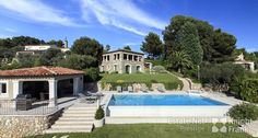 Beautiful Villa with Pool and View in Castellaras