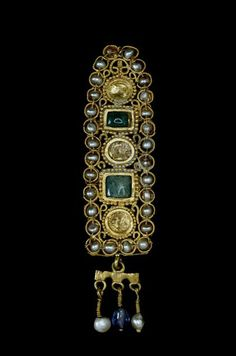 Gold hair ornament, set with natural pearls, emeralds and sapphiews Roman, 3rd Century AD