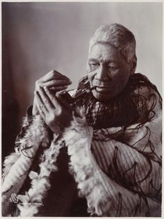 Object: A wahine smoking Polynesian People, Polynesian Culture, Maori People, Tribal People, Once Were Warriors, Short White Hair, Altered Book Art, Maori Art, Iconic Characters