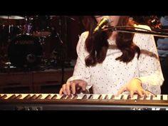 옥상달빛 - 없는게 메리트 - Dalmoon, live performance