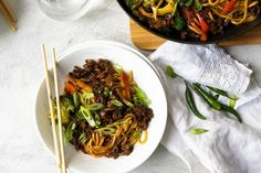Budget recipes Mince and Noodle Stir-Fry recipe Australia's Best Recipes - Food and drink Mince Recipes, Stir Fry Recipes, Beef Recipes, Cooking Recipes, Drink Recipes, Beef Chow Mein, Mince Dishes, Pork Dishes, Savoury Mince