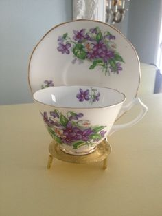Vintage Gladstone tea cup and saucer set by VintageSowles on Etsy