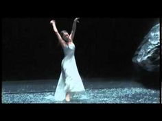 Pina Bausch, Vollmond Pina Bausch, Different Feelings, Contemporary Dance, Lets Dance, Dancing In The Rain, Vintage Photography, Mother Earth, Scene, Youtube