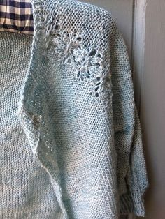 Ravelry: Project Gallery for Lobelia pattern by Meghan Fernandes (Pom Pom Quarterly, Issue 4: Spring 2013)