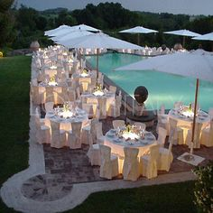 outdoor reception by pool