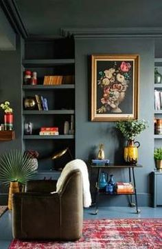 Aug Everyone loves that relaxed time in their comfortable living room. These are our best inspirations for amazing Living Rooms! See more ideas about Living room decor, Living room designs and Modern lounge. Dark Living Rooms, Home And Living, Living Spaces, Home And Family, Dark Rooms, Dark Green Living Room, Modern Living, Minimalist Living, Blue Rooms