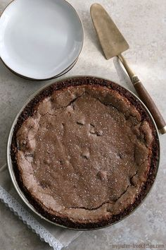 Gluten-free fudge pie has a chocolate crust, gooey, fudgy filling, and brownie like top crust. It's chocolate heaven; the best gluten-free fudge pie recipe! Gluten Free Diet Plan, Gluten Free Pie, Gluten Free Sweets, Gluten Free Chocolate, Gluten Free Baking, Dairy Free Recipes, Pie Recipes, Yummy Recipes, Recipies