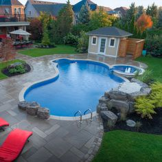 Browse swimming pool designs to get inspiration for your own backyard oasis. Discover pool deck ideas and landscaping options to create your poolside dream. Small Backyard Pools, Backyard Pool Landscaping, Backyard Pool Designs, Swimming Pools Backyard, Swimming Pool Designs, Oasis Backyard, Backyard Water Parks, Boxwood Landscaping, Terraced Backyard