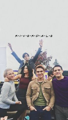 I love what Cole Sprouse is doing in the photo while everyone looks at the camera he is doing God knows what Kj Apa Riverdale, Riverdale Netflix, Riverdale Poster, Riverdale Quotes, Riverdale Aesthetic, Riverdale Funny, Riverdale Tumblr, Riverdale Archie, Riverdale Wallpaper Iphone