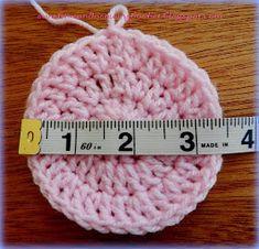 Best 12 Layla-Lu Beanie As promised, here is the pattern for the last beanie I made for my Mandela 67 project. Pattern info: U… – SkillOfKing. Crochet Baby Cap, Crochet Preemie Hats, Crochet Baby Blanket Beginner, Crochet Baby Jacket, Easy Crochet Hat, Crochet Baby Hat Patterns, Crochet Beanie Pattern, Baby Hats Knitting, Crochet Baby Shoes