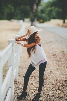 cute • outfit • style • teen • fashion • white • jeans • summer • fall • embroidered