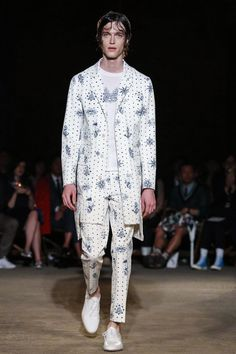 Alexander McQueen Menswear Spring Summer 2016 London - NOWFASHION