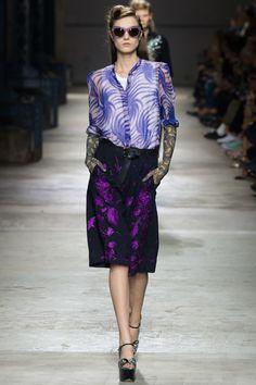 Dries Van Noten Spring 2016 Ready-to-Wear Fashion Show - Yumi Lambert (Women)