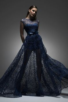 Isabel Sanchis Fall/Winter 2014/15 ~ More couture dresses added daily @ https://www.pinterest.com/tanja62287/couture-dresses/