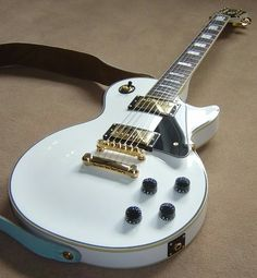 My new girl, can't wait to play her live in October c: