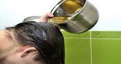 Sicuramente avrai sentito parlare degli innumerevoli benefici dell'olio di ricino, uno dei trattamenti più efficaci soprattutto in caso di problemi relativi ai capelli e alla pelle. Quest'olio è una risorsa ricca di proteine, minerali e vitamina E ed ha delle potenti proprietà antifungine e antibatteriche. Grazie agli alti livelli di acidi grassi omega-9, nutre i follicoli e i capelli e stimola la crescita delle ciglia, dei capelli e delle sopracciglia. Inoltre, questo elisir naturale è…