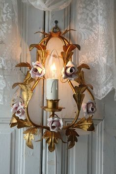 <3Pretty rose candle sconce<3