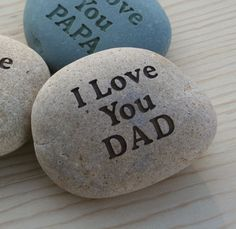 Gift for father, grandpa, mom, grandma ... - I Love You DAD stone paperweight
