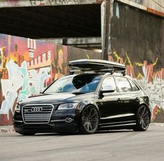 Lowered like this, even an SQ5 looks good. #vw53a