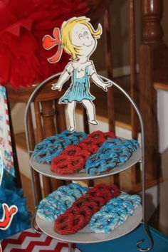 Seuss chocolate covered pretzels Dr. Seuss birthday party candy dessert table
