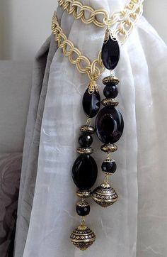 SET of 2 decorative tiebacks precious black onix with golden salon marocain Curtain Tie Backs Diy, Curtain Ties, Drapery, Curtains, Modern Tv Units, Tire Furniture, Curtain Holder, Homemade Home Decor, Curtain Designs