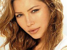 Jessica Biel Hot HD Wallpaper