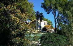 Exklusives Wohnen mit Meerblick Die noble Wohnsiedlung Son Vida liegt oberhalb der Inselhauptstadt Palma de Mallorca. Immobilien in Son Vida gehören zu den teuersten und gefragtesten Liegenschaften…